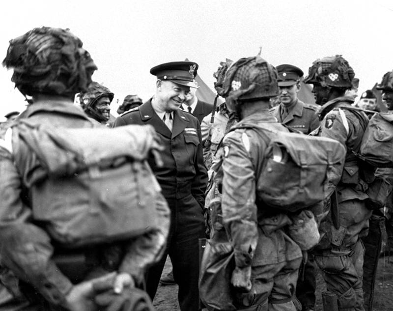 """Gen. Dwight Eisenhower gives the order of the day, """"Full Victory - Nothing Else"""" to paratroopers in England"""