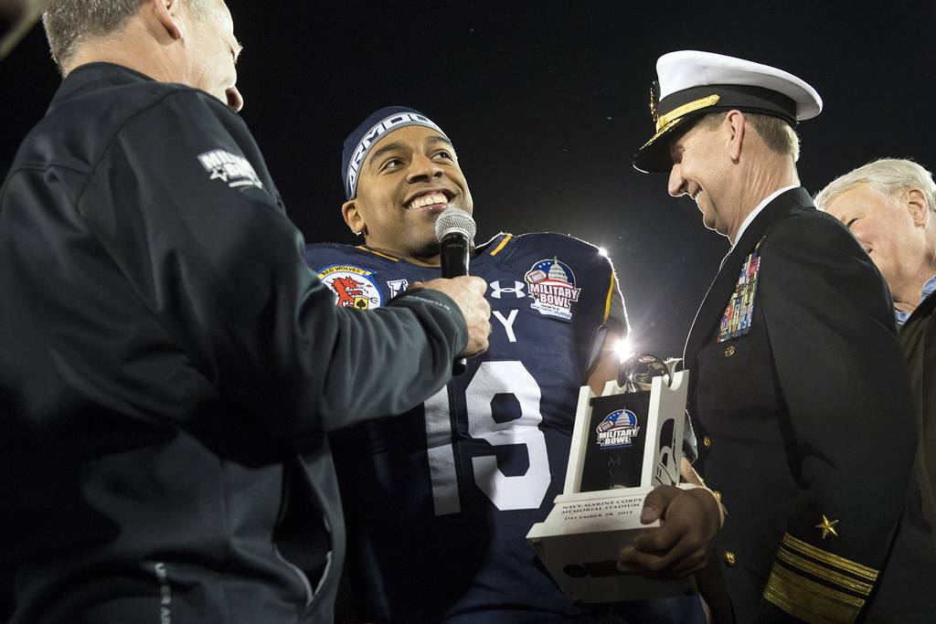 Navy's Reynolds sets two NCAA records