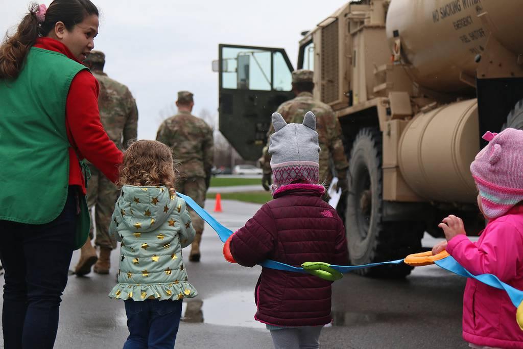 Fort Drum preschoolers learn about 'big Army trucks'