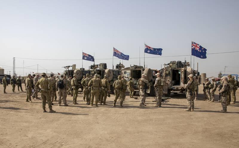 NATO Iraq command team